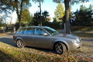 Älteres Modell des Audi A6